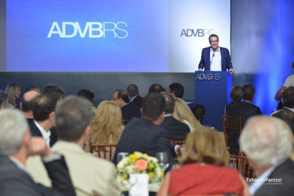 Posse novo presidente da ADVB.