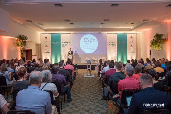 Evento Evidencia na Saúde no Hotel Embaixador para o HOSPITAL MOINHOS DE VENTO.